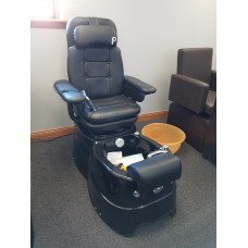 Pibbs PS96 Pedicure Spa Pipeless Showroom Model Black AS IS NEW