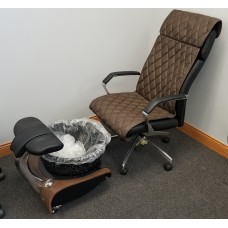 Showroom Mini Lavender Pedicure Unit With High Back Client Chair
