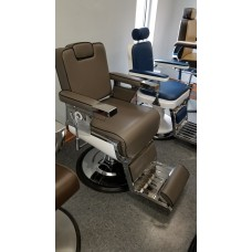 SHOWROOM CLEARANCE SALE Pibbs 661 Seville Barber Chair As Is!
