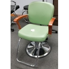 PIbbs Verona Styling Chair Showroom Model As Seen As Is