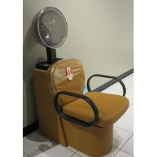 Decora DY-072 Dryer Chair Showroom Model From Takara Belmont USA